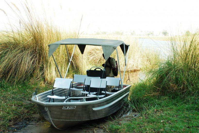 luxury boat tours in Okavango Delta