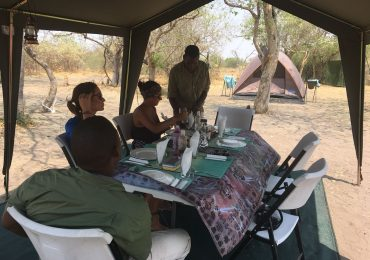 meyhu safari camping Botswana - guided tour